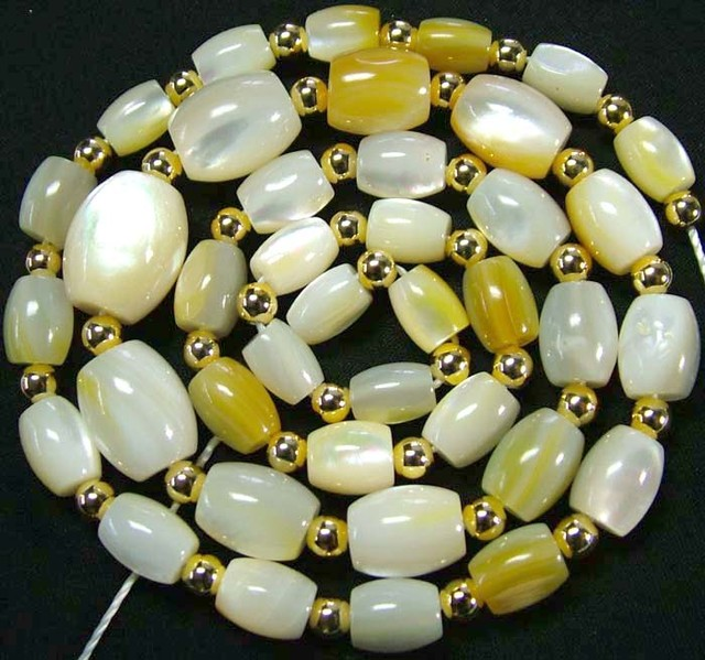 MOTHER OF PEARL BEAD STRAND 175.75 CTS [PF1742]