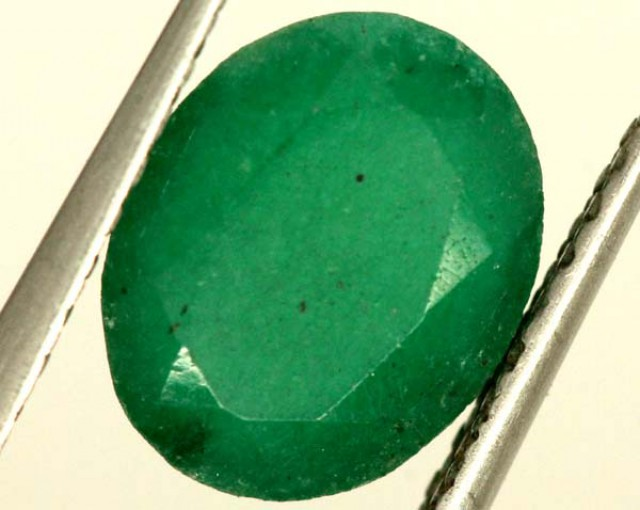 FACETED GREEN EMERALD 3.2 CTS ADG-817
