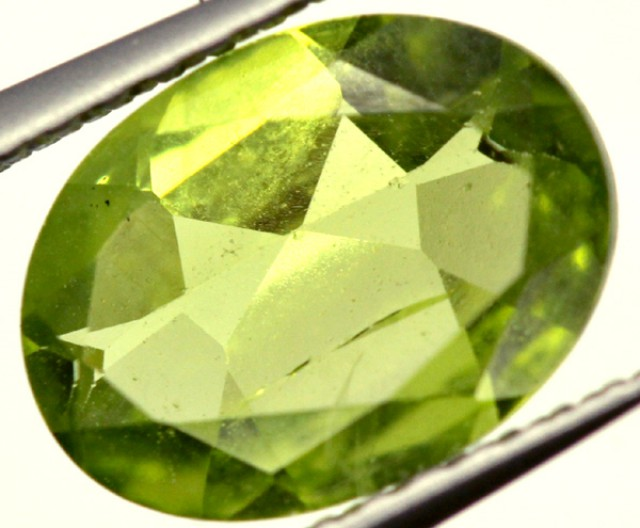 PERIDOT FACETED STONE 1.55 CTS PG-941