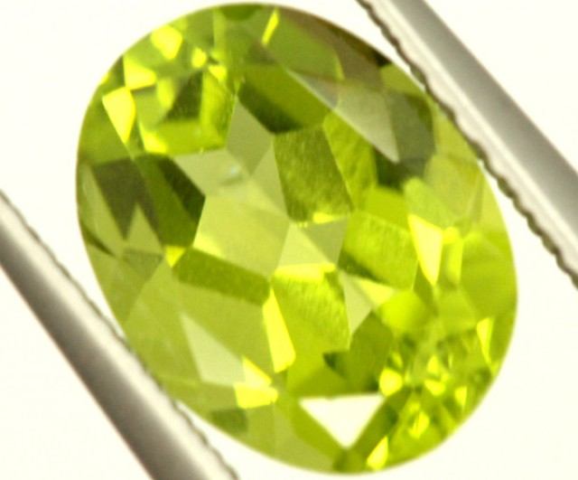 PERIDOT FACETED STONE 2.05 CTS PG-957