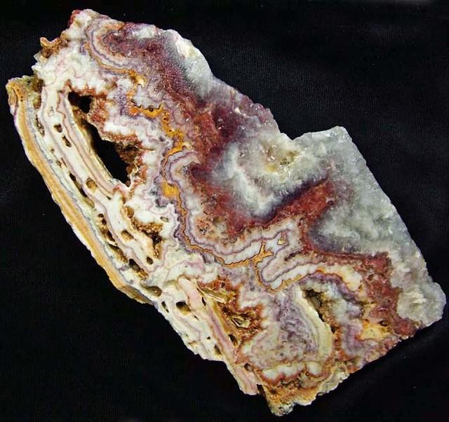 UTAH LACE OPAL SLAB 235.50 CTS [F2552]