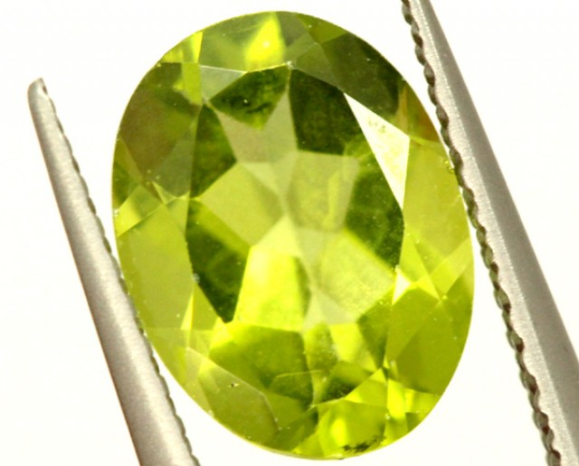 PERIDOT FACETED STONE 1.90 CTS PG-966