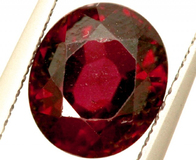 GARNET FACETED STONE 2.50 CTS PG-980