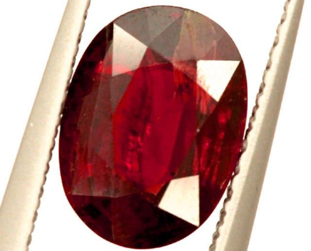 GARNET FACETED STONE 1.50 CTS PG-975