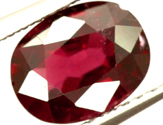 GARNET FACETED STONE 1.50 CTS PG-971