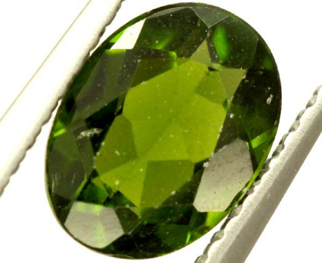 1.05 CTS CHROME DIOPSIDE PG-1618