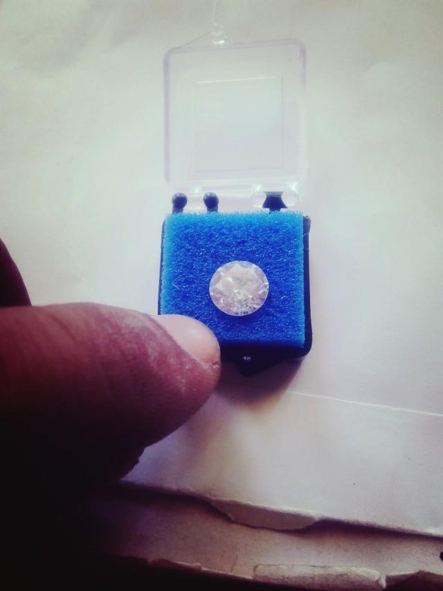 NATURAL-SOLITAIRE- BIG-WHITE DIAMOND,3.22CTW,1PC