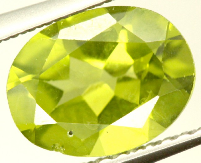 PERIDOT FACETED STONE 1.65 CTS PG-928