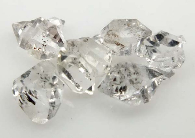 5 CTS CRYSTAL QUARTZ-LIKE HERKIMER-DIAMOND RG-1207