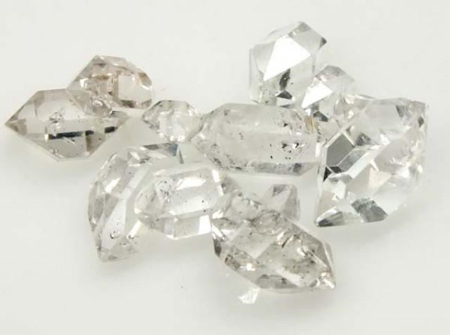7 CTS CRYSTAL QUARTZ-LIKE HERKIMER-DIAMOND  RG-1208