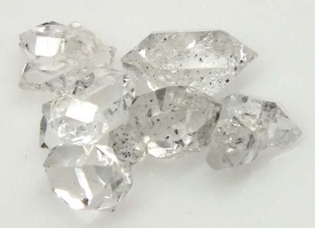 7 CTS  CRYSTAL QUARTZ-LIKE HERKIMER-DIAMOND RG-1209