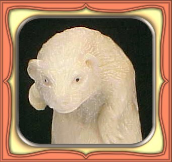 CARVING - HANDCARVED SHED ALASKIN MOOSE ANTLER GROUND HOG