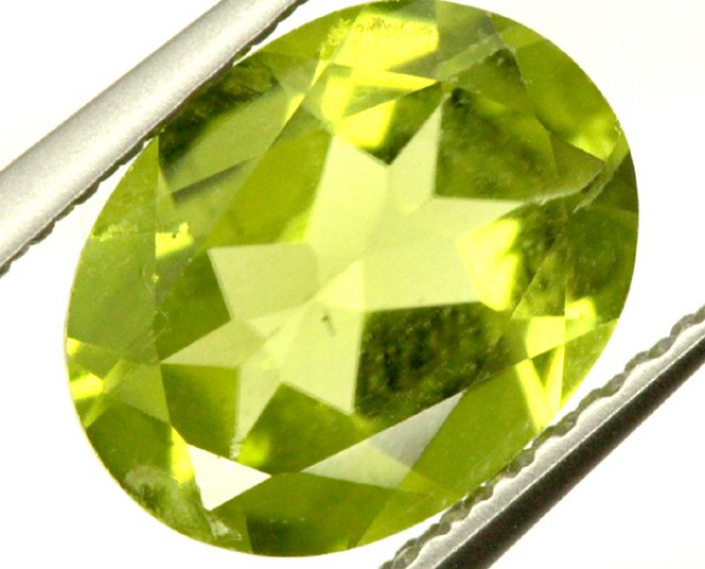 PERIDOT FACETED STONE 1.65 CTS PG-914
