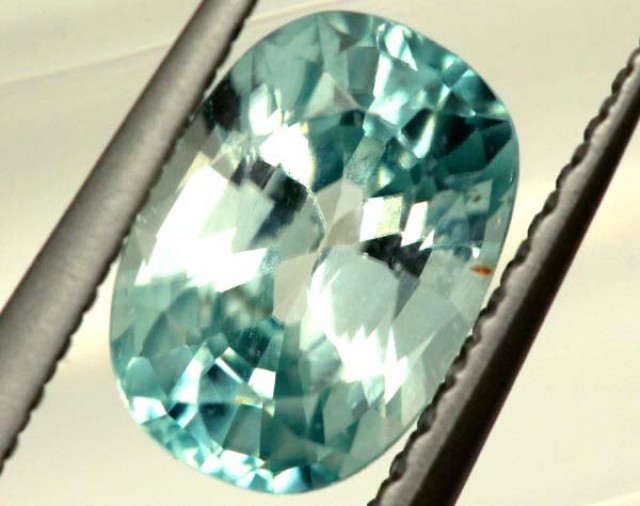 BLUE ZIRCON FACETED STONE 1.55 CTS  PG-1074