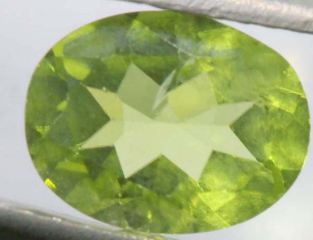 PERIDOT FACETED STONE 1.85 CTS PG-663