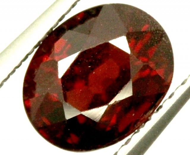 GARNET FACETED STONE 1.50 CTS PG-909