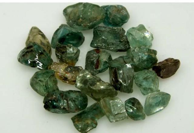 50 CTS BLUE ZIRCON ROUGH CAMBODIA (PARCEL) RG-679