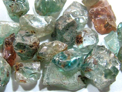 50 CTS BLUE ZIRCON ROUGH CAMBODIA (PARCEL)  RG-993