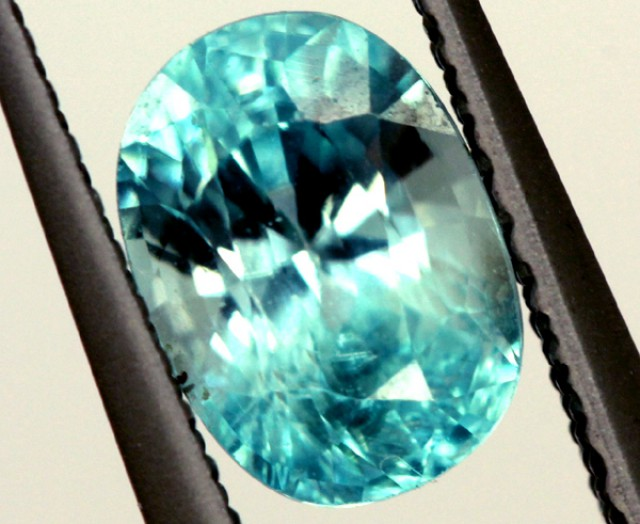 BLUE ZIRCON FACETED STONE 1.70 CTS  PG-1234