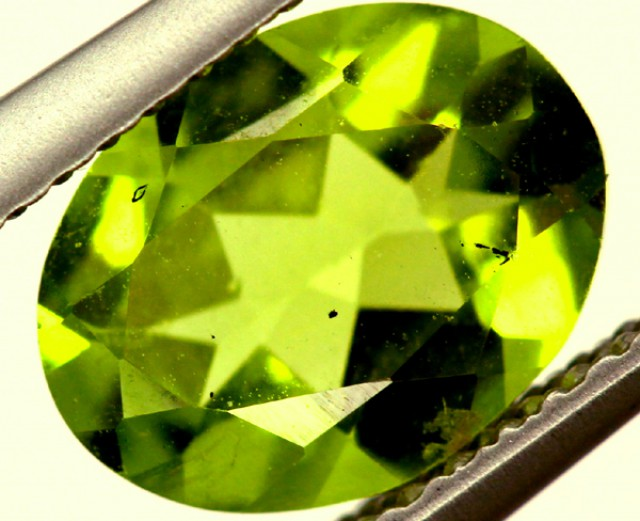 PERIDOT FACETED STONE 1.55 CTS PG-811