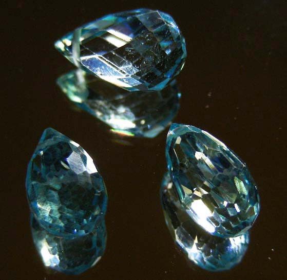 FACETED SWISS TOPAZ PARCEL 13.67  CTS 90235