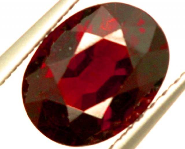GARNET FACETED STONE 1.50 CTS PG-935