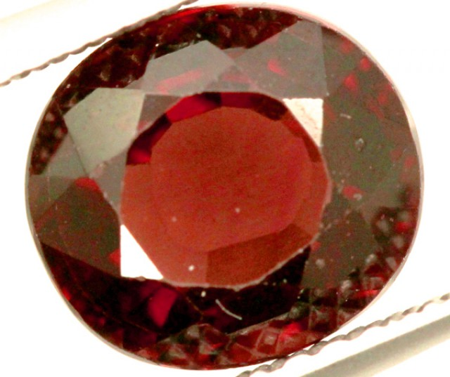 GARNET FACETED STONE 2.50 CTS PG-939