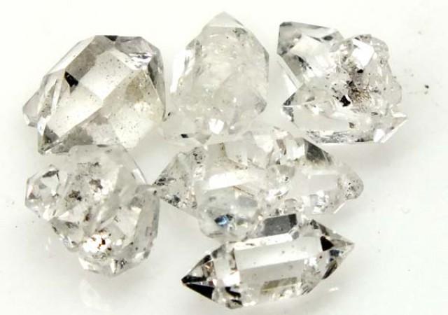 CRYSTAL QUARTZ-LIKE HERKIMER-DIAMOND 8 CTS RG-1264