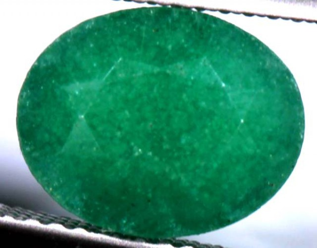 AVENTURINE FACETED EMERALD GREEN 3.16 CTS PG-737