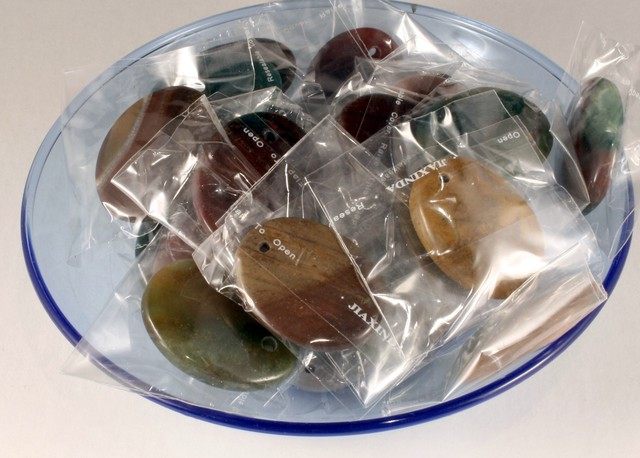 Bulk lot of 25 Pc Fancy Agate oval Pendant 250 gram