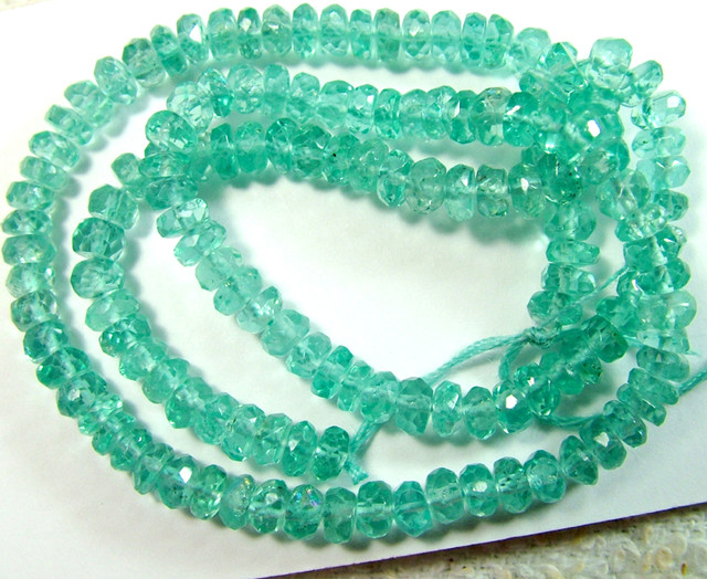 APATITE BEADS DRILLED NEON BLUE UNTREATED 40 CTS AS-A3667