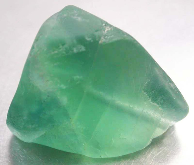 NATURAL LARGE  FLUORITE BEAD  -DRILLED 101.40 CTS [MX9770]