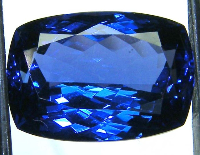 VVS1TANZANITE FACETED COLLECTOR PC  9.29 CTS JM-PG RK 19