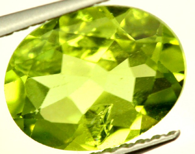 PERIDOT FACETED STONE 1.85 CTS PG-944
