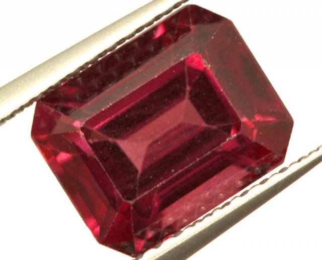 GARNET FACETED STONE 3 CTS PG-988