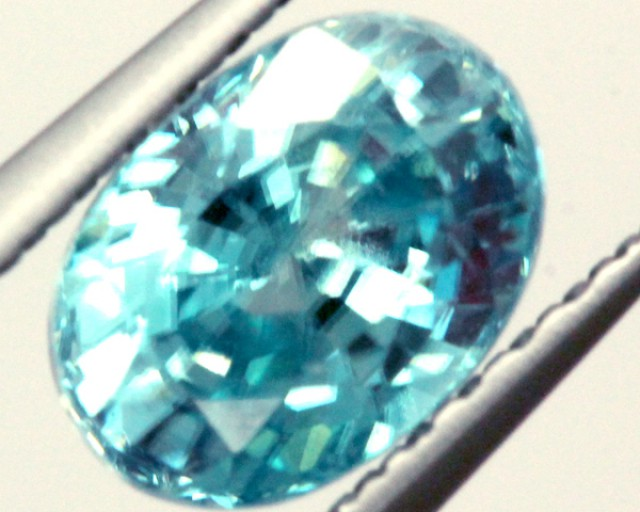 BLUE ZIRCON FACETED STONE 2 CTS PG-1028