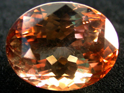 CERTIFIED MUSEUM QUALITY  SUPREME TOPAZ 21 CT GW 1491