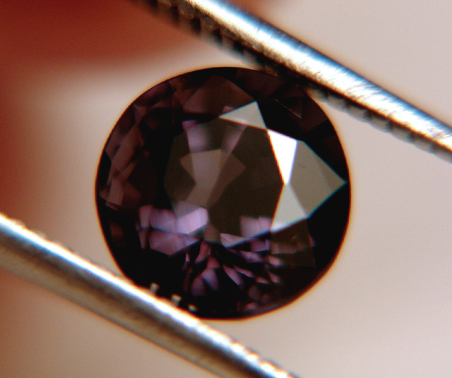 3.02 Carat VS Spinel - Gorgeous Gem From Tanzania