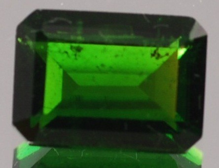 CHROME DIOPSIDE .58 CARAT WEIGHT EMERALD CUT GEMSTONE BIN