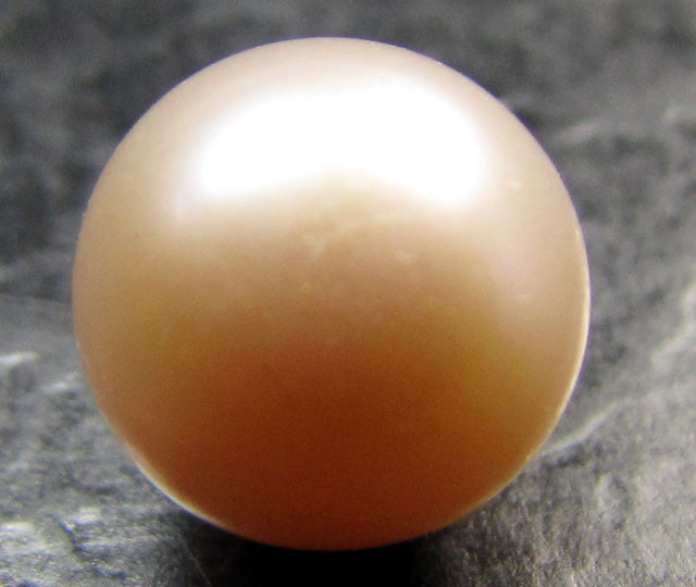 9 MM     AAA CHAMPAGNE  LUSTER PEARLS  5.35  CTS  RT 113