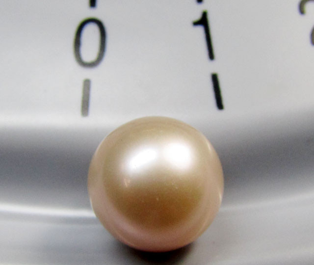9 MM     AAA CHAMPAGNE  LUSTER PEARLS 5.2  CTS  RT 114