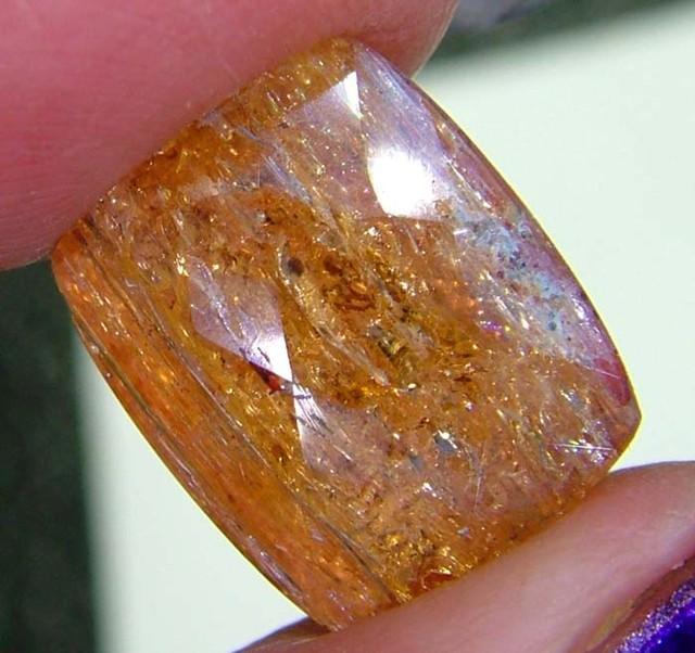 TOPAZ FACETED UNTREATED BRAZIL 10 CTS SG-2229