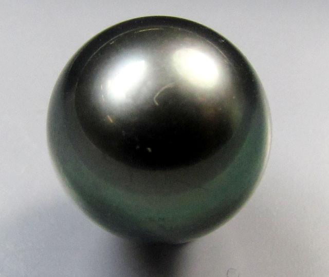 BLACK GRADED  TAHITIAN PEARL  8.9  CTS  RT 13