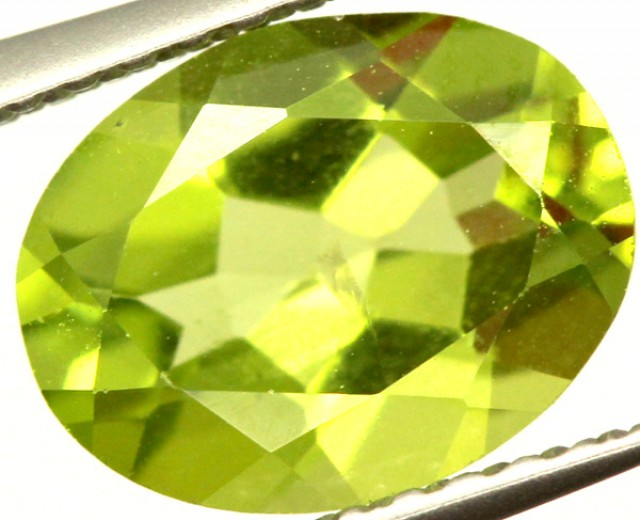 PERIDOT FACETED STONE 1.70 CTS PG-965