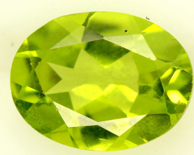 PERIDOT FACETED STONE 1.75 CTS PG-853