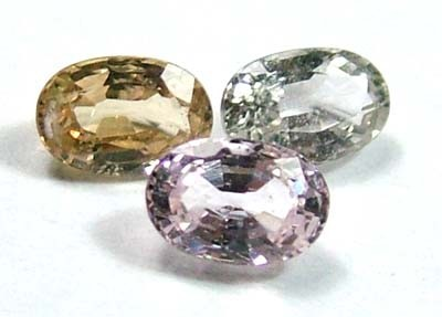 MULTI COLOURED SAPPHIRE FACETED(3PCS) 2.25CTS FP2152 (PG-GR)
