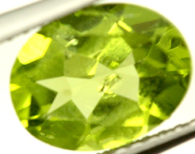 PERIDOT FACETED STONE 2 CTS PG-866