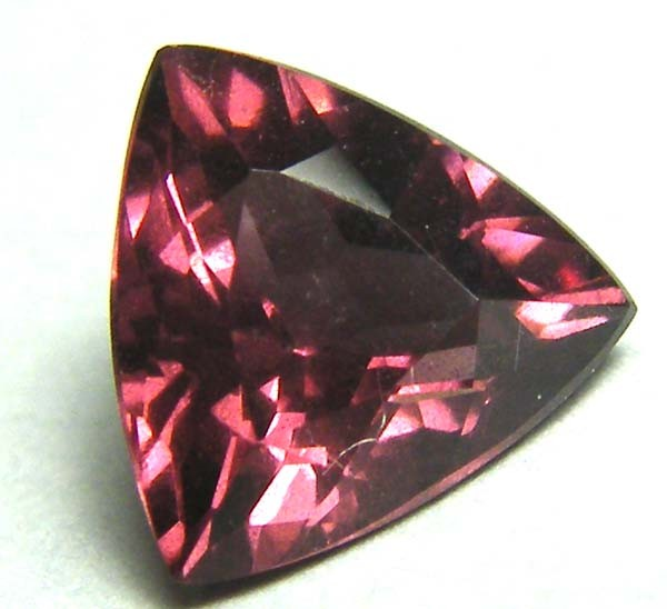 1.67 CTS VVS TOURMALINE FACETED TRILLION CUTSTONE  SAY