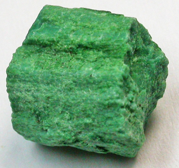 4.25 CTS NATURAL GREEN WOOD FOSSIL [MGW640]