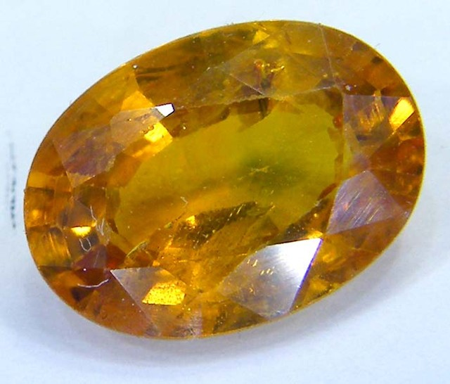 SAPPHIRE-YELLOW  FACETED  CEYLON   2.5 CTS AS-A5171